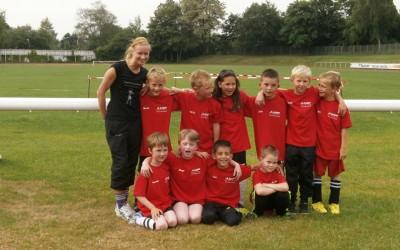 AMP Solutions sponsert neue T-Shirts für F4 Jugend des JSG Bockum – Hövel