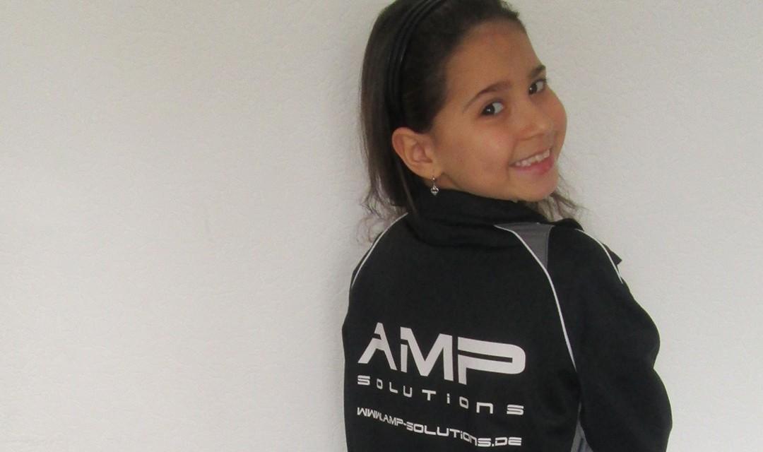 AMP Solutions sponsert Ausrüstung für F4 Jugend des JSG Bockum – Hövel